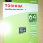 amazonでマイクロSDカード64GBを購入